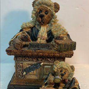 Vintage Boyds Bears - Judge Griz...Hissonah